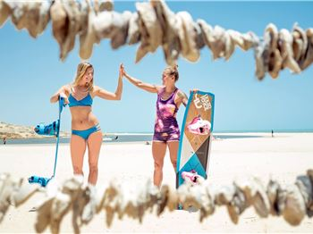A Love Affair with the Liquid Force Girls - Kitesurfing News