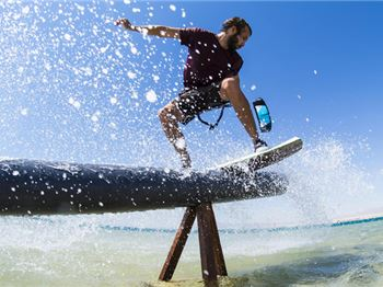 How to get into Wakeskating - Kitesurfing News