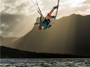 Sam Light on Freestyle Surfboards and Foils. - Kitesurfing News