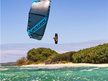 Listen to the Watersports Legend: Robby Naish. - Kitesurfing News