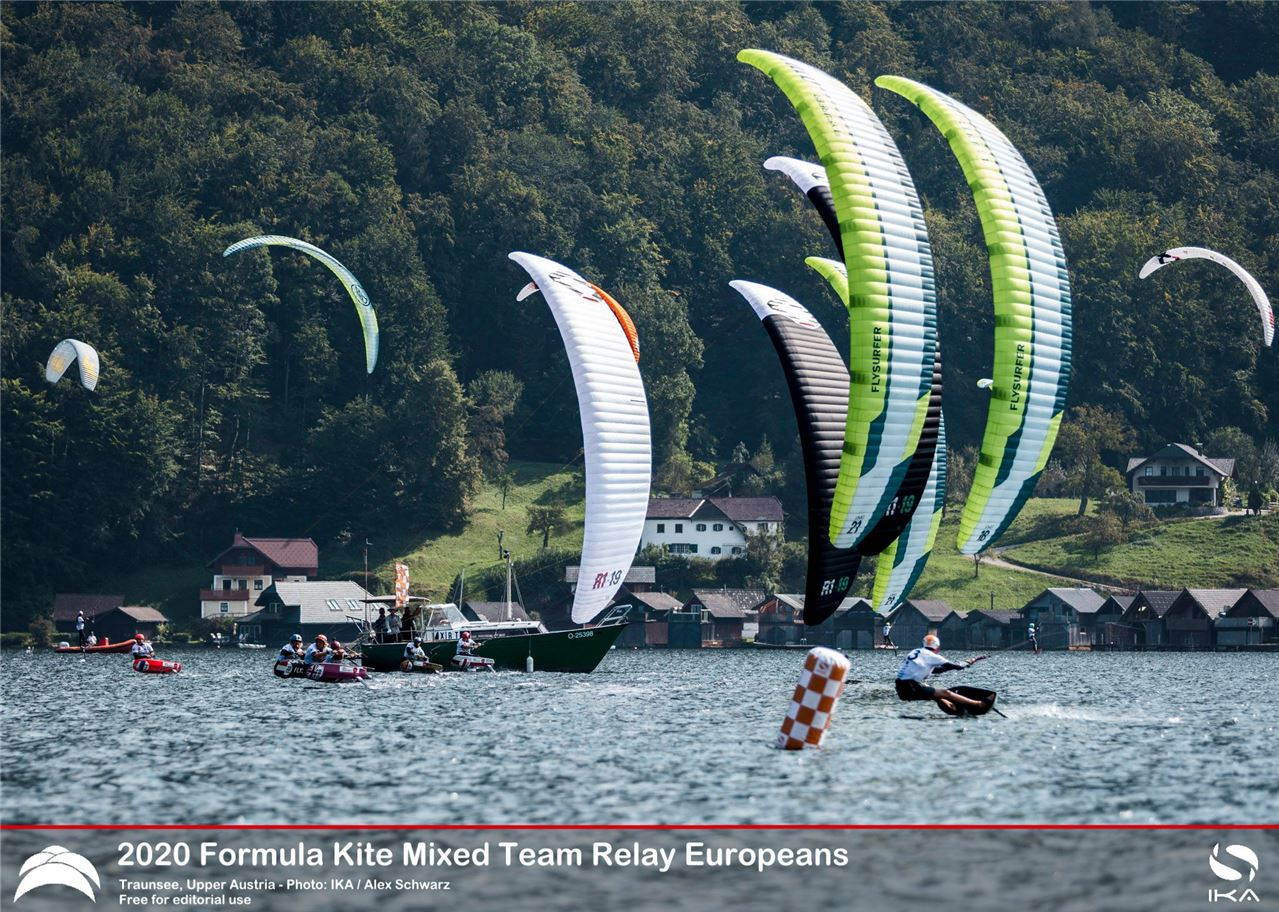 Kitefoiling at Traunsee